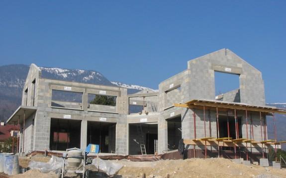 Maison neuve à Thoiry 2005
