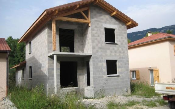 maison neuve Bellegarde 2008
